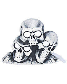 Fogging Light-Up Skull Pile - Decorations