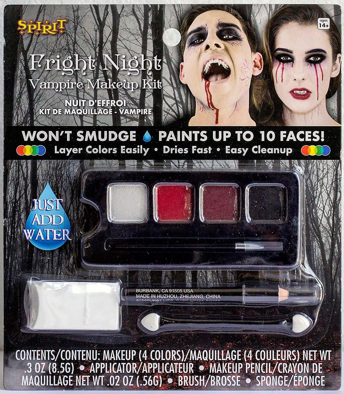 Vampire makeup character kit