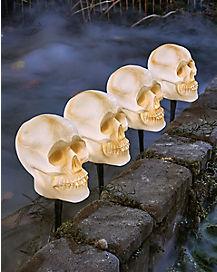 7.5 Inch Strobing Skull Head Lawnstakes