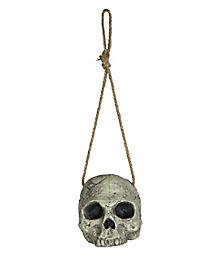 Decrepit Hanging Skull - Decorations