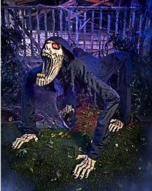 Spirit Halloween Decorations 2020 2020 Nightcrawler Animatronic Crawls into Spirit Halloween