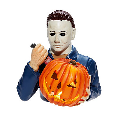 Halloween 2020 Michael Myers Michael Myers Light Up Statue Joins 2020 Spirit Halloween